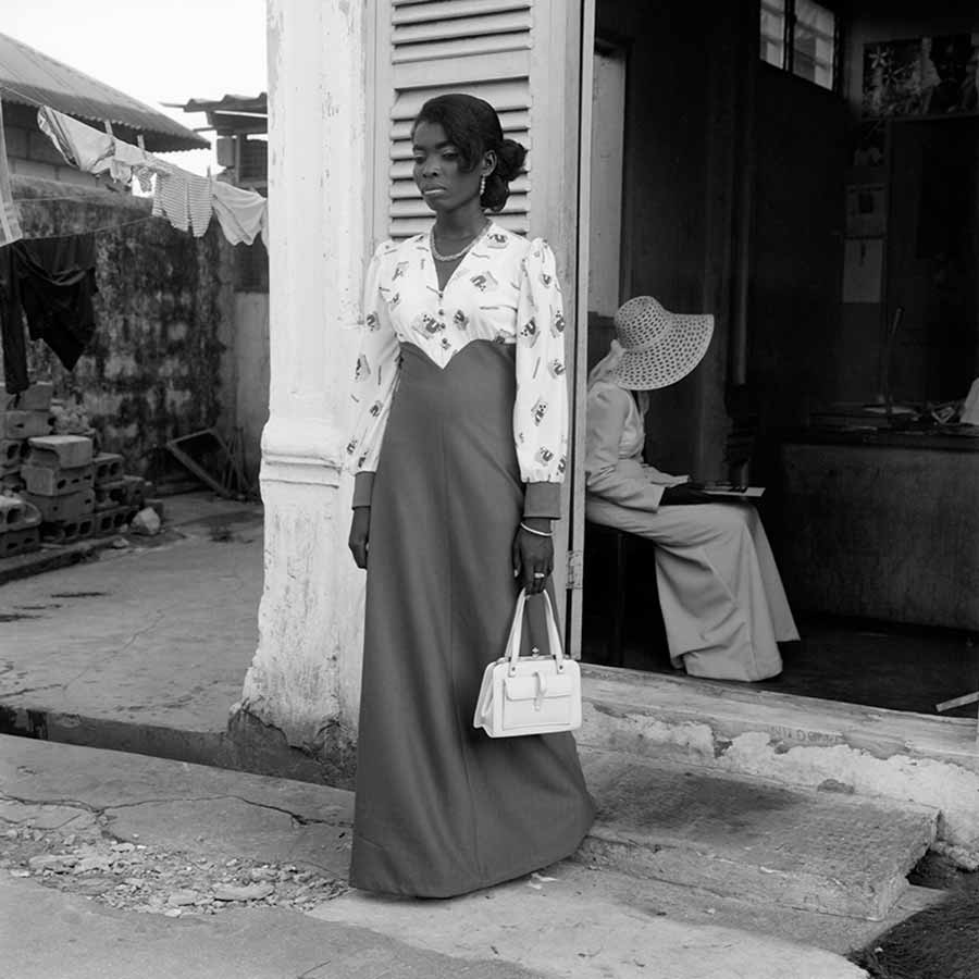 <strong>James Barnor</strong>, <em>Sunday, Outside Studio EX 23</em> (detail), 1975. Lambda print, 70 x 70 cm.